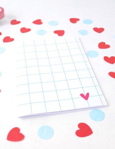 les-jolis-cahiers-cahier-love-A5-coeurs
